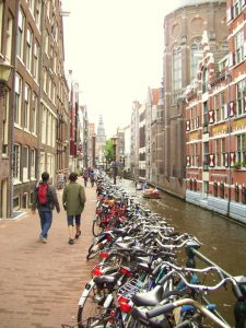 a-typical-amsterdam-side-street
